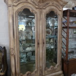 Large & Beautiful Curio Cablinet